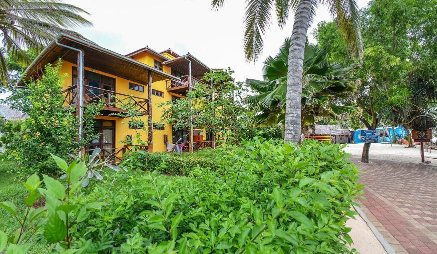 Excellent Beautiful Zanzibar Mnarani Beach Cottages Download Free Architecture Designs Rallybritishbridgeorg